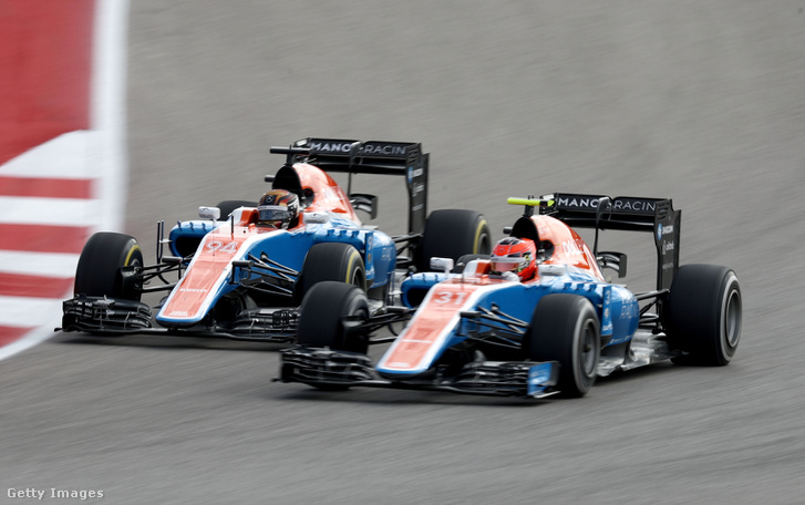 A két Manor kocsi 2016-ban, Pascal Wehrlein és Esteban Ocon