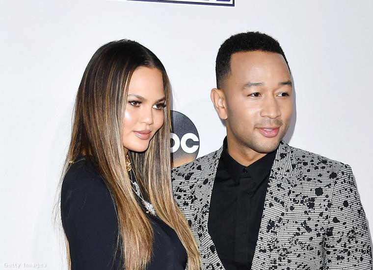 Chrissy teigen és John Legend.