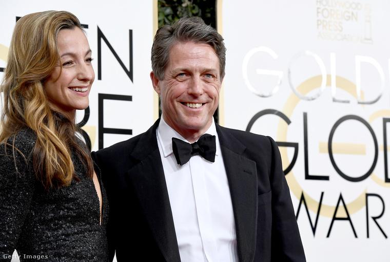 Itt meg Hugh Grant és Anna Elisabet Eberstein láthatók, akik immár hivatalosan is egy párt alkotnak.