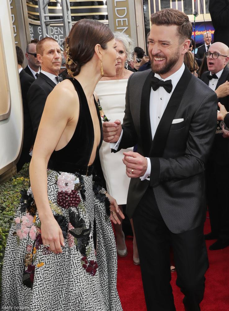De nem dilizünk még, vissza a díjátadóra!Jessica Biel és Justin Timberlake igazából ejöttek egy randira, ami történetesen a Golden Globe-ra esett.