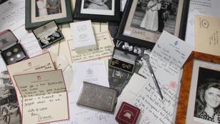 Itt vannak Diana hercegné elárverezett, kézzel írott levelei