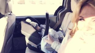 Bréking: Liptai Claudia kisfiának van feje!