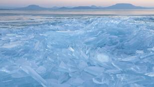 A jeges Dunát már látta felülről, na és a Balatont?