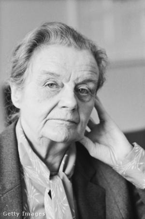 Clare Hollingworth (1985)