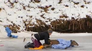 Az életét kockáztatta, hogy megmentsen egy jégen rekedt szarvast