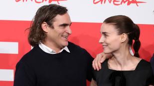 Rooney Mara és Joaquin Phoenix együtt voltak beöntésen, és persze még mindig csak barátok