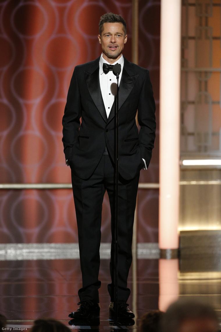 Brad Pitt a 74. Golden Globe-díjátadón.