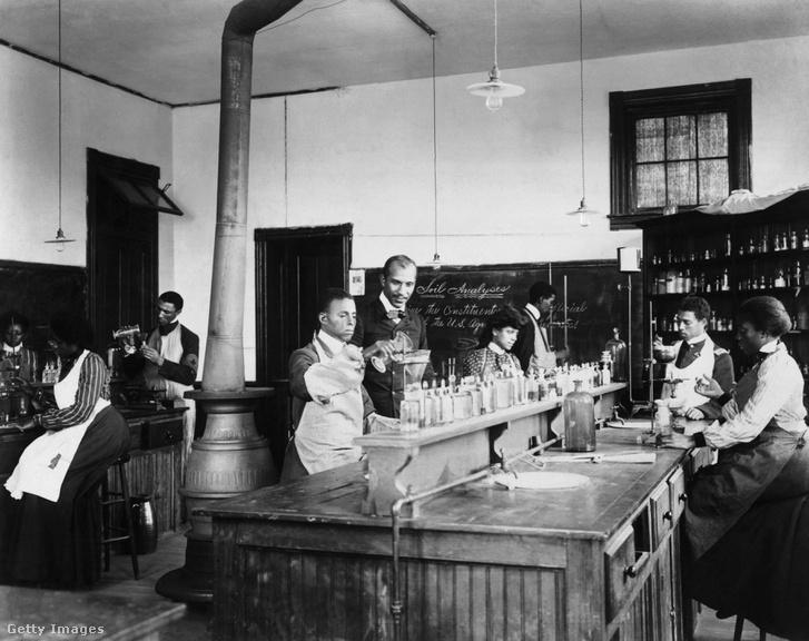 Carver és diákjai a Tuskagee Intézetben