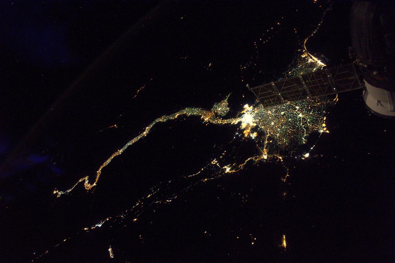 A Nílus az egyik legkönnyebben felismerhető látvány az éjszakai Földön.
