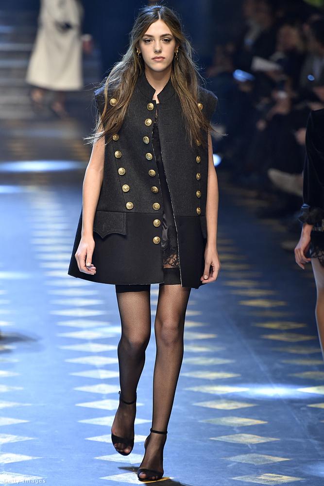 Sistine csak 17 éves kora óta modellkedik, egy korábbi interjúban elmondta, hogy apjától a humorát és a munkamorálját örökölte