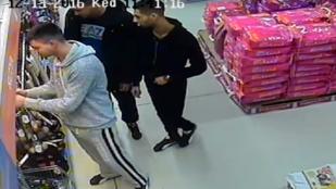 A hét kérdése: miért kellett ennek a három tolvajnak 21 nyakörv?