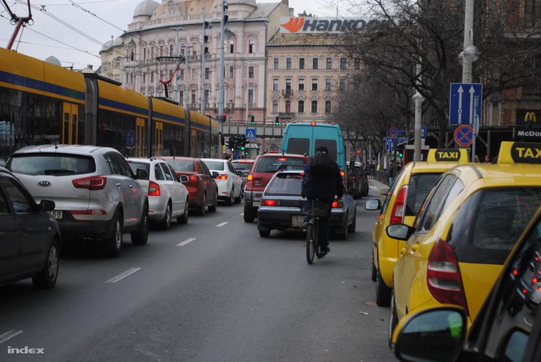 Forgalom Budapest belvárosában