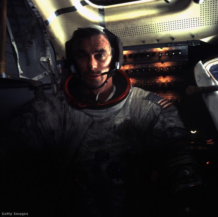 Eugene Cernan az Apollo 17 fedélzetén.