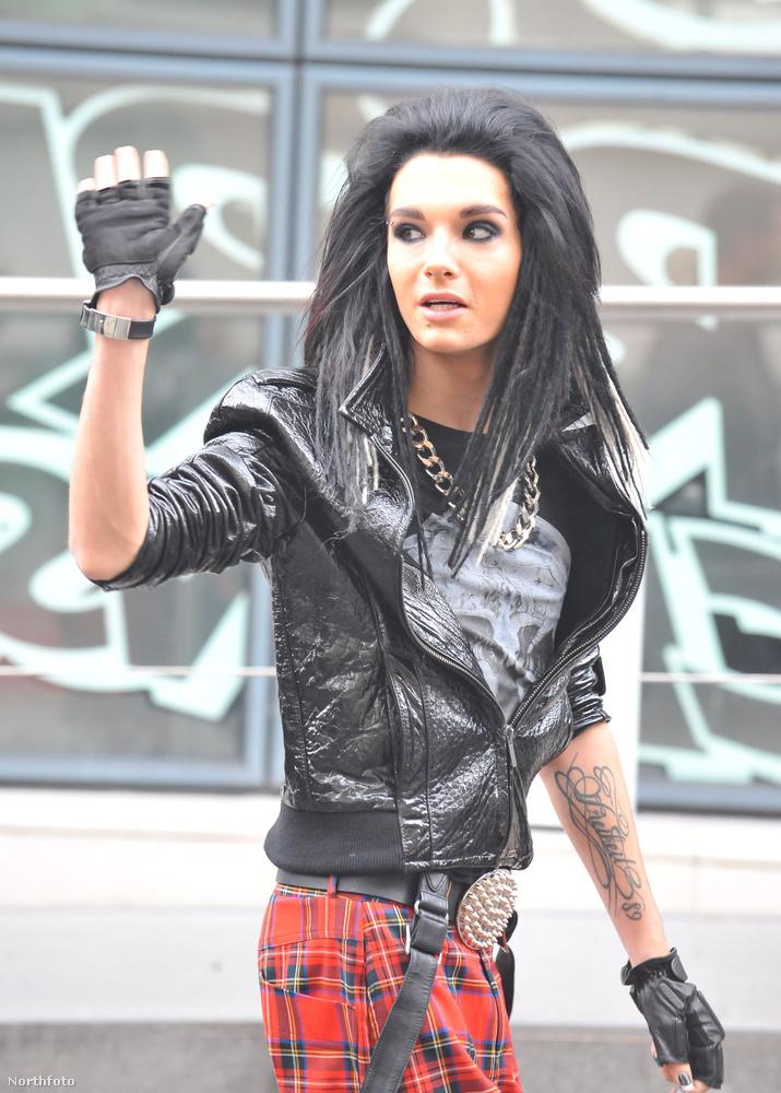 Szintén 2009,Tom Kaulitz = Pocahontas.