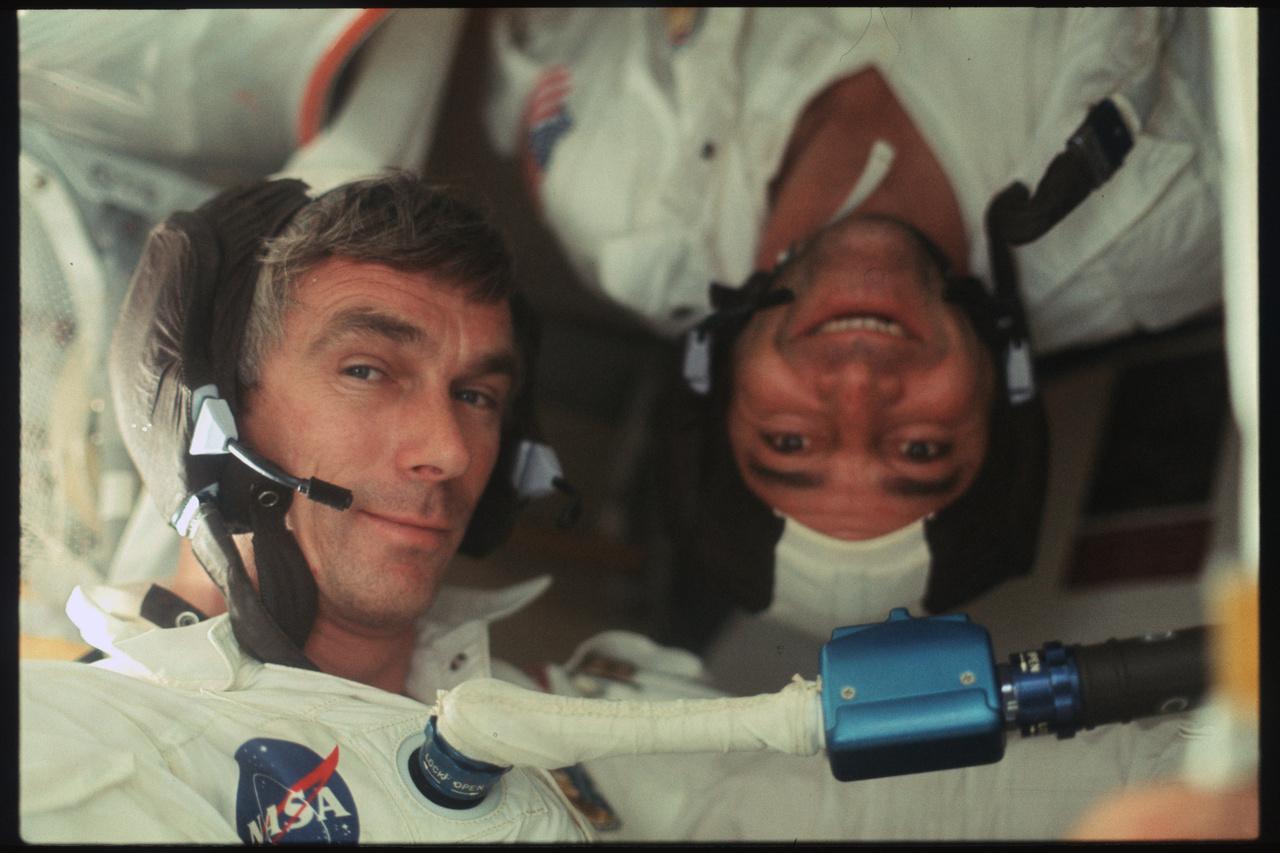 Mókás kép Cernanról és Schmittről.