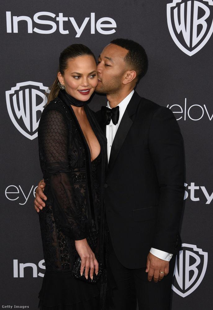 A modell Chrissy Teigen és John Legend zenész is eszméletlenül cool párost alkotnak, elég csak megnézni, hogy hogyan is érkeztek meg az idei Golden Globe-gálára