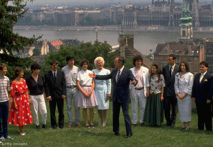 Bush 1989-es budapesti látogatásakor