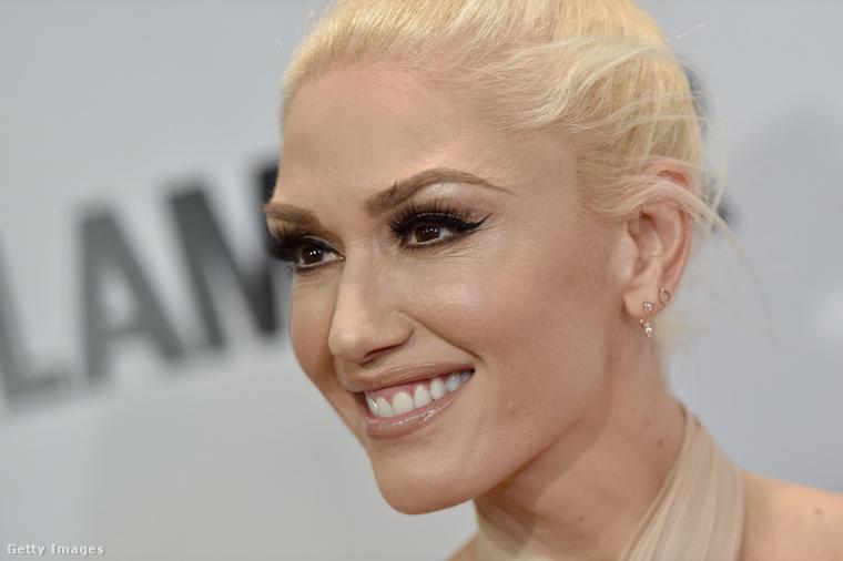 A No Doubt énekesnője és alapítótagja, Gwen Stefani például 47 éves