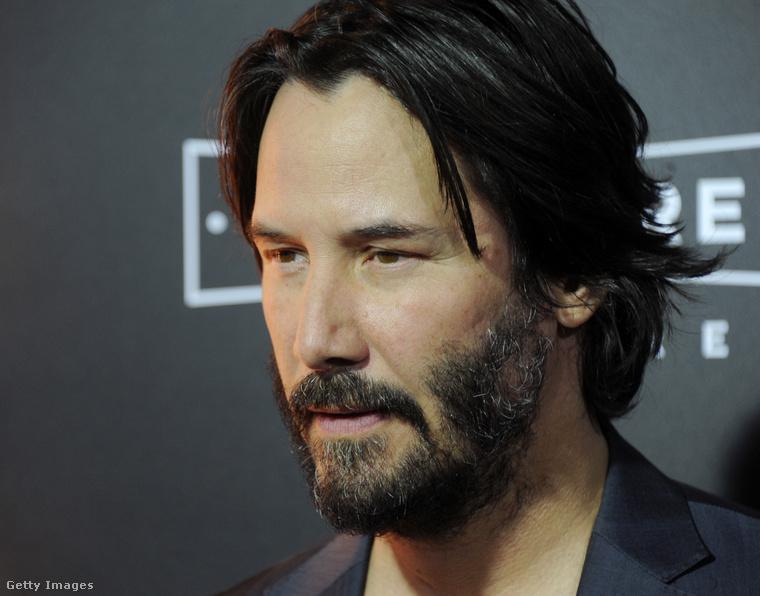 A Mátrix-sorozatból ismert Keanu Reeves is sok-sok évet letagadhatna a korából