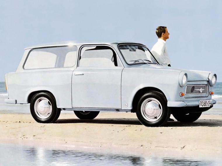 Százötven előszériás példánnyal 1963-ban érkezett a Trabant 601, amely változtatásokkal ugyan, de 1990-ig gyártásban is maradt Zwickauban