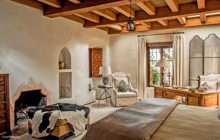 Az Eastwood-rezidencián összesen 6 lakosztály van, ami a vendégek részére van fenntartva