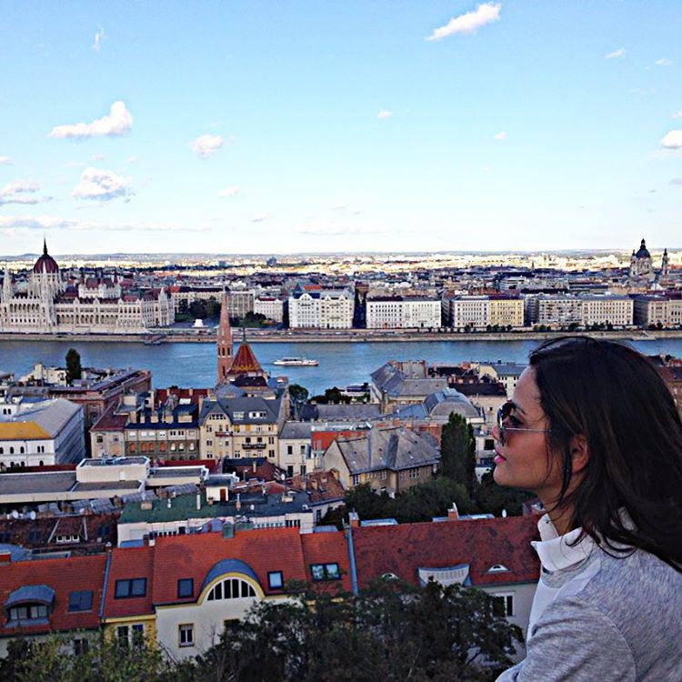 Instás fotói alapján 2015 szeptemberében ugyanis Budapesten járt