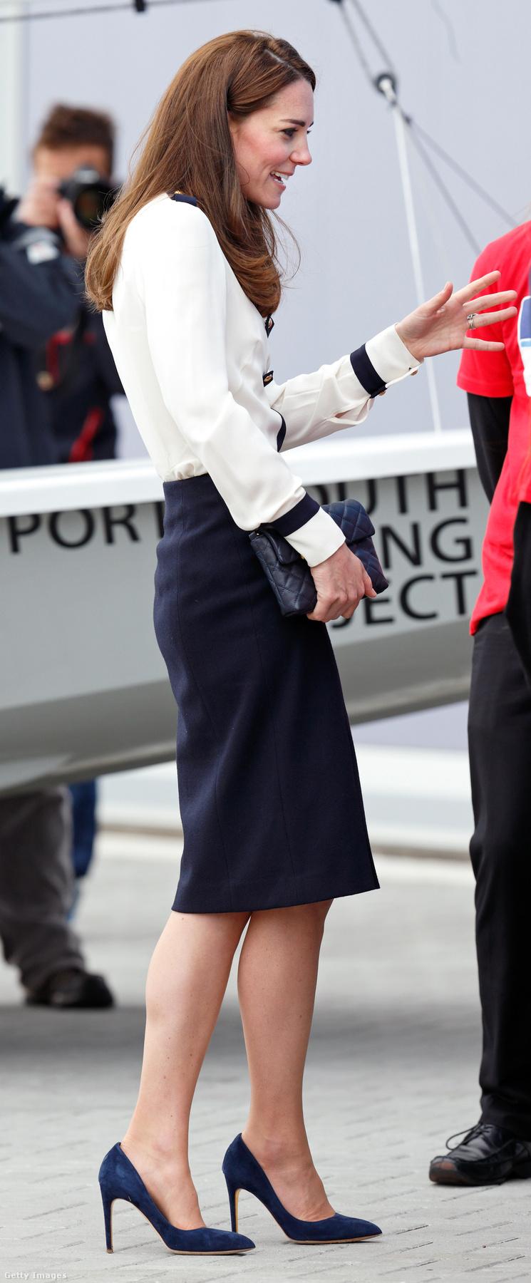 A paparazzik Kate Middleton lábainál csak egy fotótémát kedvelnek jobban.