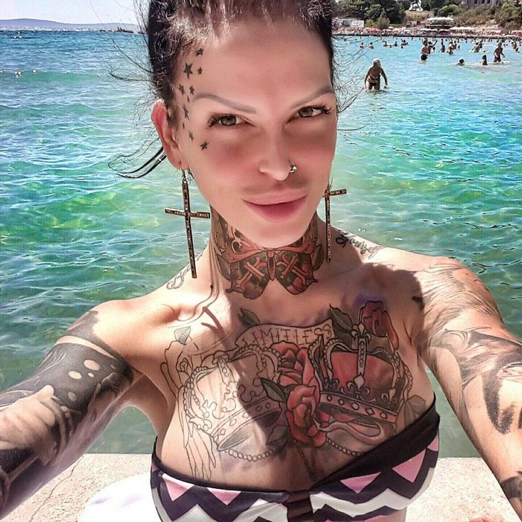Jelena Krunic azt gondolta, hogy a bugyijában nem találják meg a cuccot, de tévedett