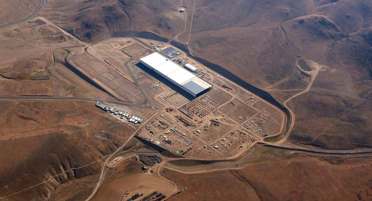Az épülő Gigafactory Nevada mélyén