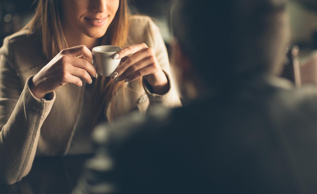 randevúz valakivel, akit mindennap látsz
