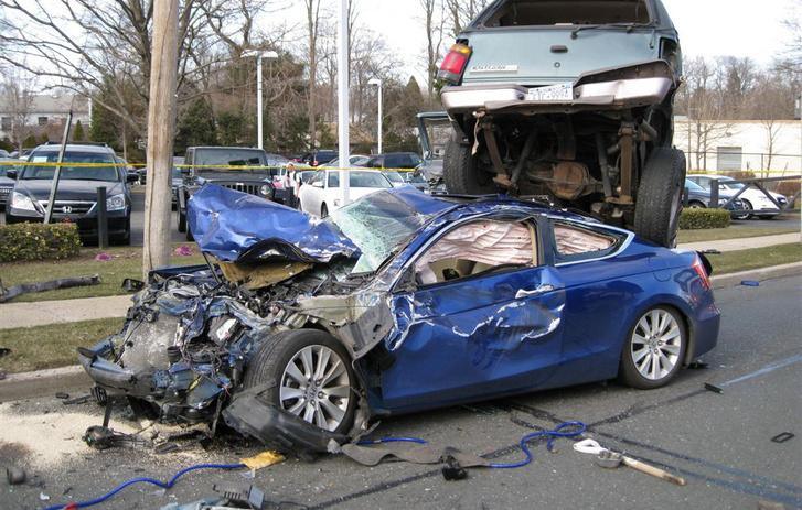 2-car-crash-2