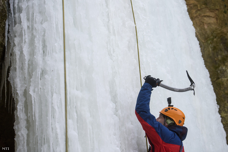 Egyvalaminek biztosan kedvez a hosszan tartó fagy: az extrém sportoknak