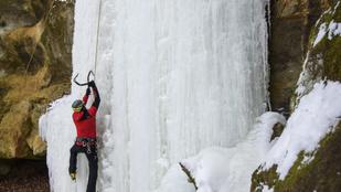 Korcsolya helyett jégszekerce kell a tél legőrültebb sportjához