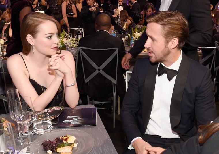 Emma Szexi Stone és Ryan Gosling természetesen együtt várták, hogy hány díjat kap közös filmjük, a Kaliforniai álom.