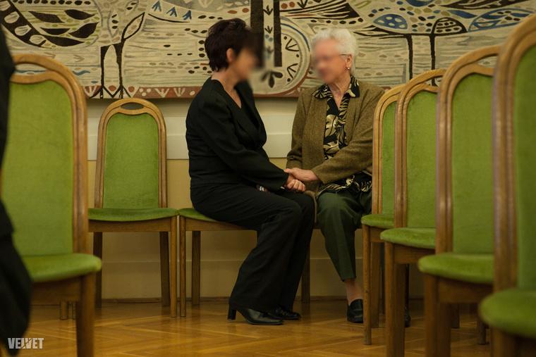 Szita Bence édesanyja (balra) a gyilkossági ügy tárgyalásán 2013-ban odament Polcz Erika anyjához és elmondta neki, hogy őt nem hibáztatja.
