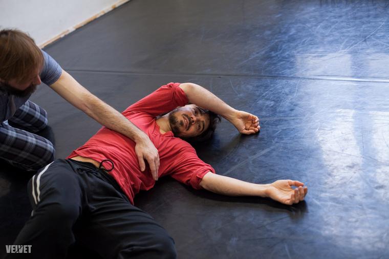 """A munkájáról, a táncoktatásról ezt mondta: """"nagyon örülök, hogy ezt megoszthatom az emberekkel, mert ettől megváltozhat az ember egész élete, átalakulhat, hogy hogyan viszonyul a többi emberhez."""""""