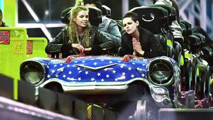 Kristen Stewart és Stella Maxwell is rajong a vidámparkokért