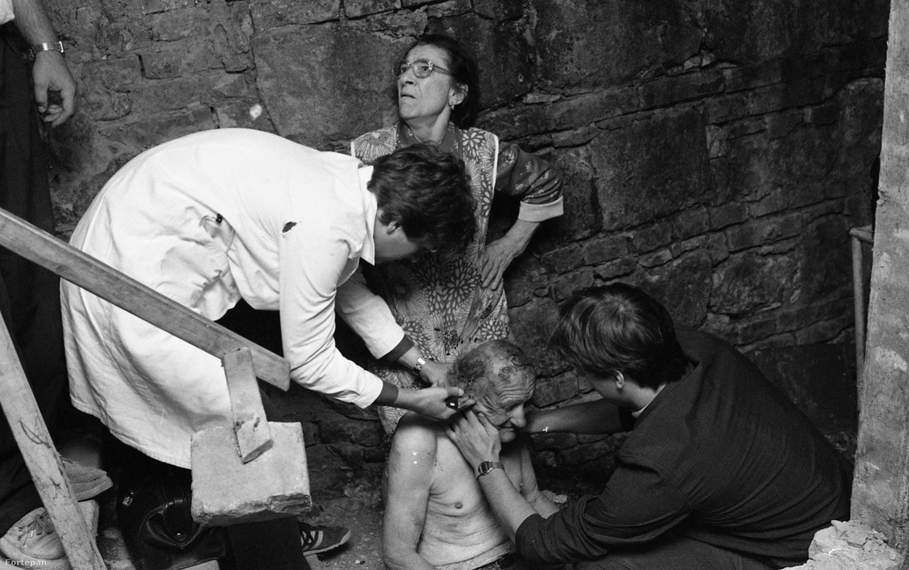 Pincébe esett gerincsérült mentése, 1986.