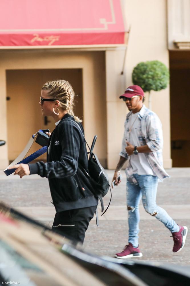 Hamilton és a fiatal lány egy meghitt sushi randit töltött el egy Beverly Hills-i japán étteremben - ott készültek ezek a fotók