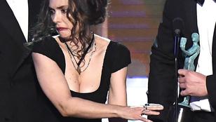 Ilyen arccal még senki nem vett át díjat, mint Winona Ryder
