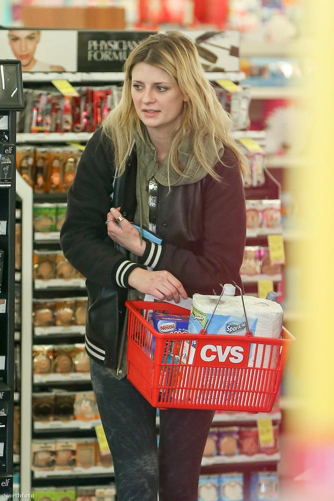Mi sem bizonyítja ezt jobban, minthogy elment bevásárolni...