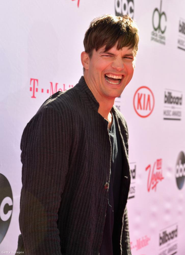 """Ashton Kutcher                         Végezetül pedig álljon itt Demi Moore nem túl elegáns visszavágása Ashton Kuthernek, miután a férfi elhagyta Mila Kunisért: """"Gondolom az tartja össze őket, hogy őt [Ashtont] nem érdekli az életkor, őt [Milát] pedig nem érdekli a méret."""""""