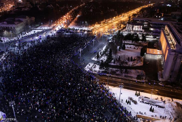 Százezrek vonultak utcára