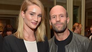 Jason Statham nyolc év és egy közös gyerek után végre feleségül veszi Rosie Huntington-Whiteley-t