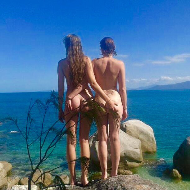 Vagy barátnőjét egy laza strandolásra?