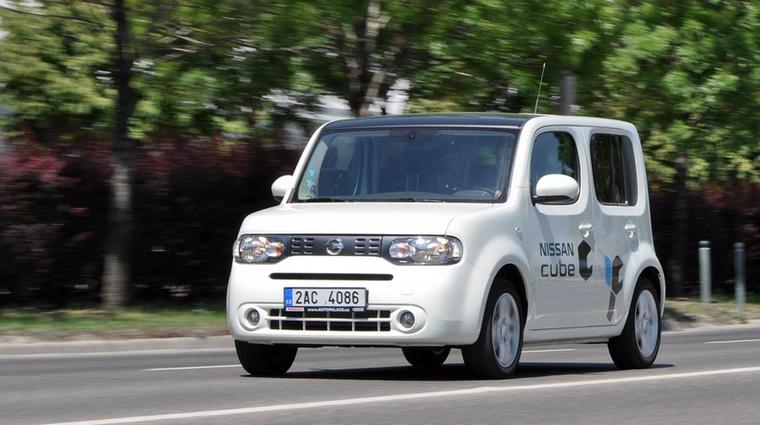 Nissan Cube Z12 (2008- ) - Az első Cube unalmas volt, a második jópofa a számos választható hűtőrácsával