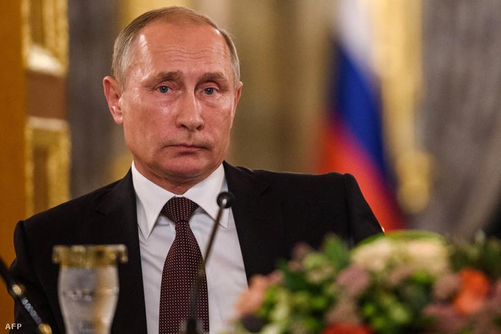 Vlagyimir Putyin sajnálatát fejezte ki
