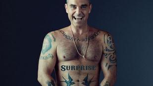 Hűha, ez a pucér pasi az erdőben Robbie Williams