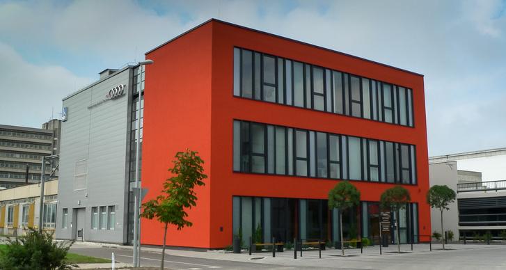 Nem, ez nem az Audi-gyár, ez maga az iskola