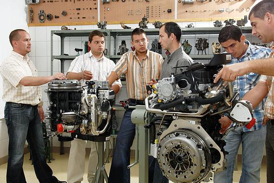 A helyi motorlabor
